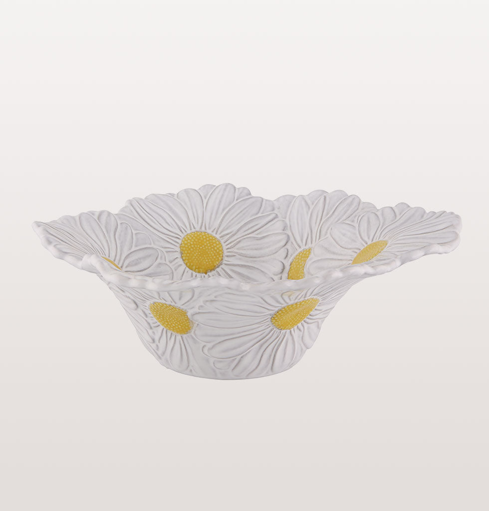 Maria Flor daisy salad bowl. Hand made by Bordallo Pinheiro. £70 wagreen.co.uk