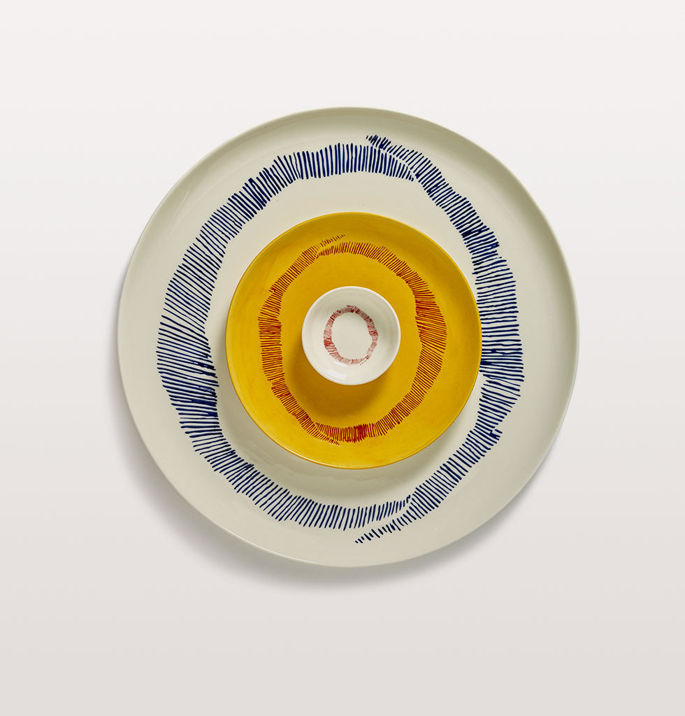 Ottolenghi x Serax. White and Swirls Stripes Red extra small dish, Sunny Yellow and Swirl Stripes Red small plate and White and Swirl Stripes Blue large plate. wagreen.co.uk