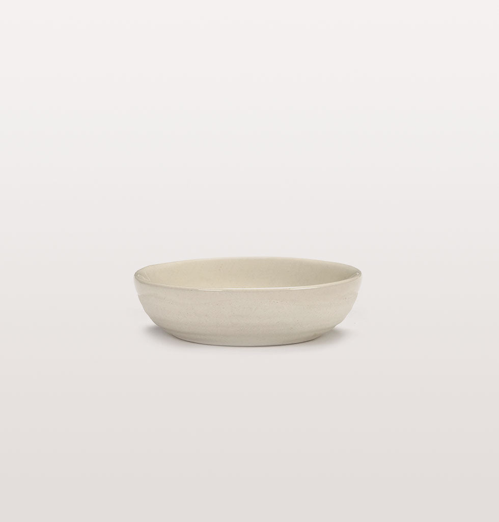 Ottolenghi x Serax. White and Pepper Black extra small dish side view. £7 wagreen.co.uk