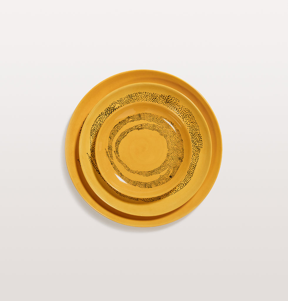 Ottolenghi x Serax. Sunny Yellow and Swirl Dots Black extra small, medium and large plate. wagreen.co.uk