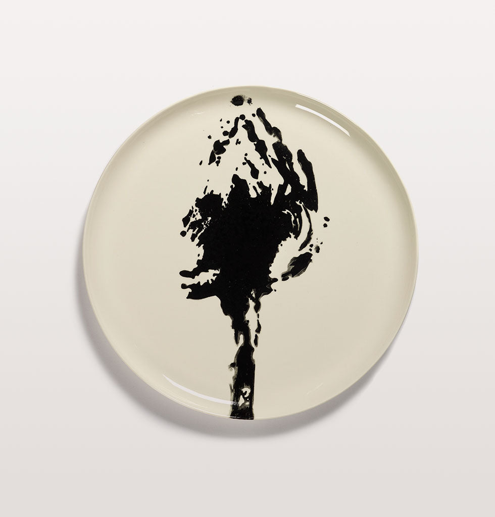 Ottolenghi x Serax. White and Artichoke Black serving plate. £67 wagreen.co.uk