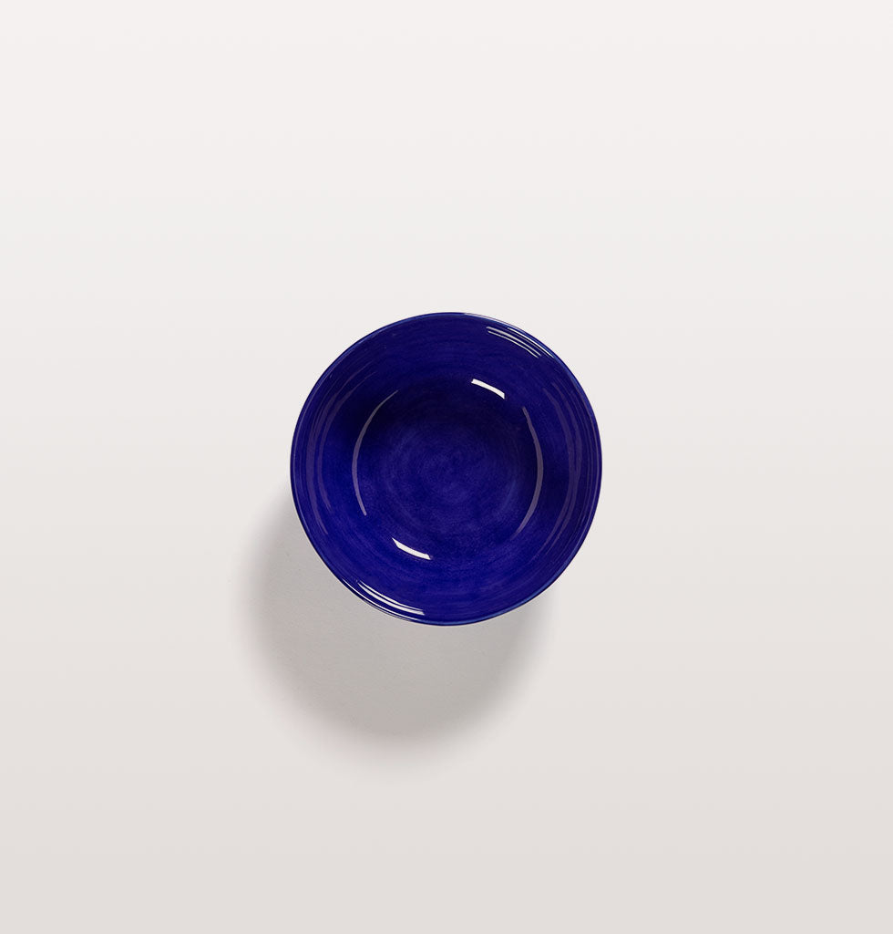 Ottolenghi x Serax. Top view of Lapis Lazuli and Swirl Stripes White large bowl. £27 wagreen.co.uk