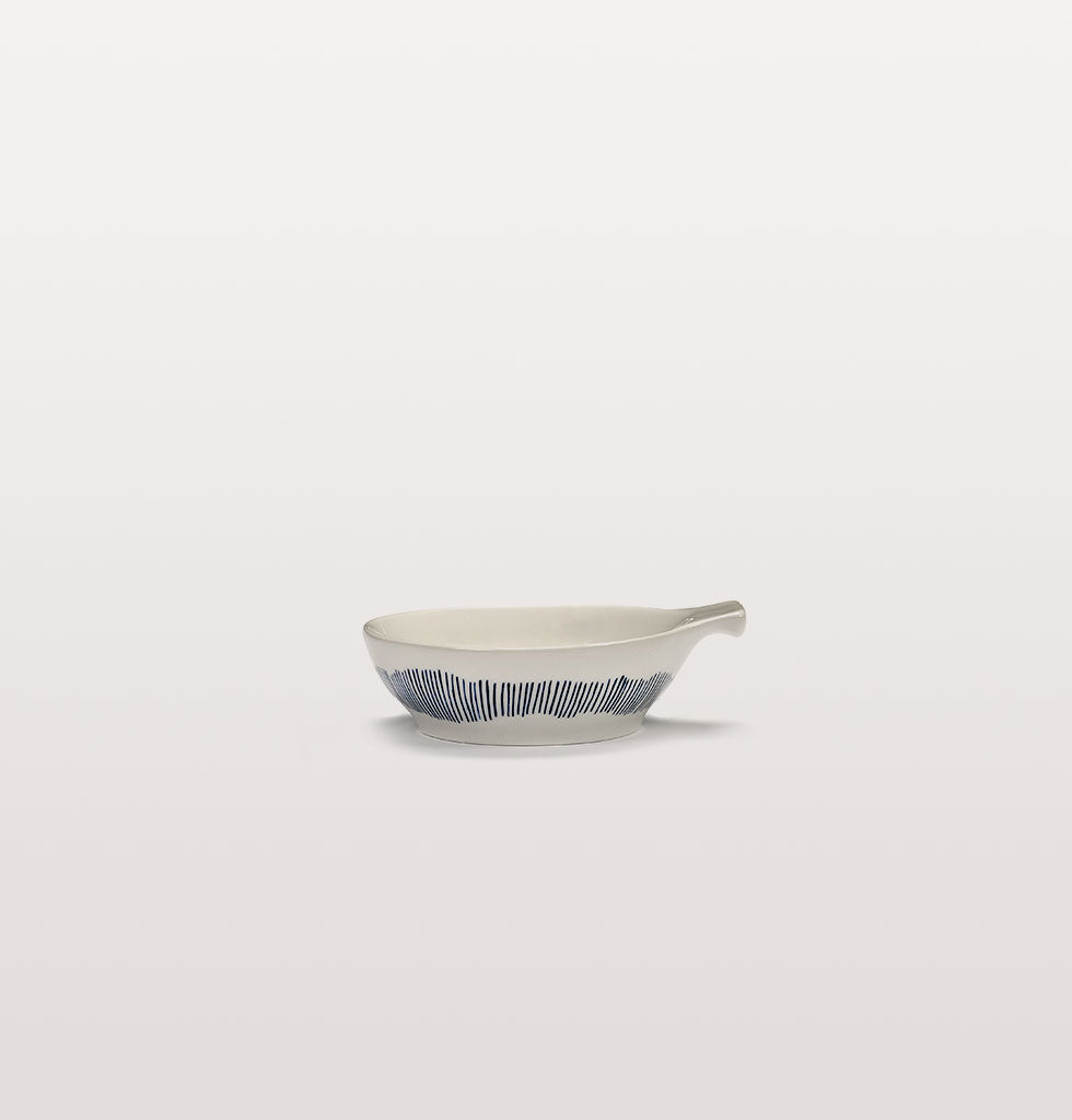 Ottolenghi x Serax. White and Swirl Stripes Blue large tapas plate side view. £13 wagreen.co.uk