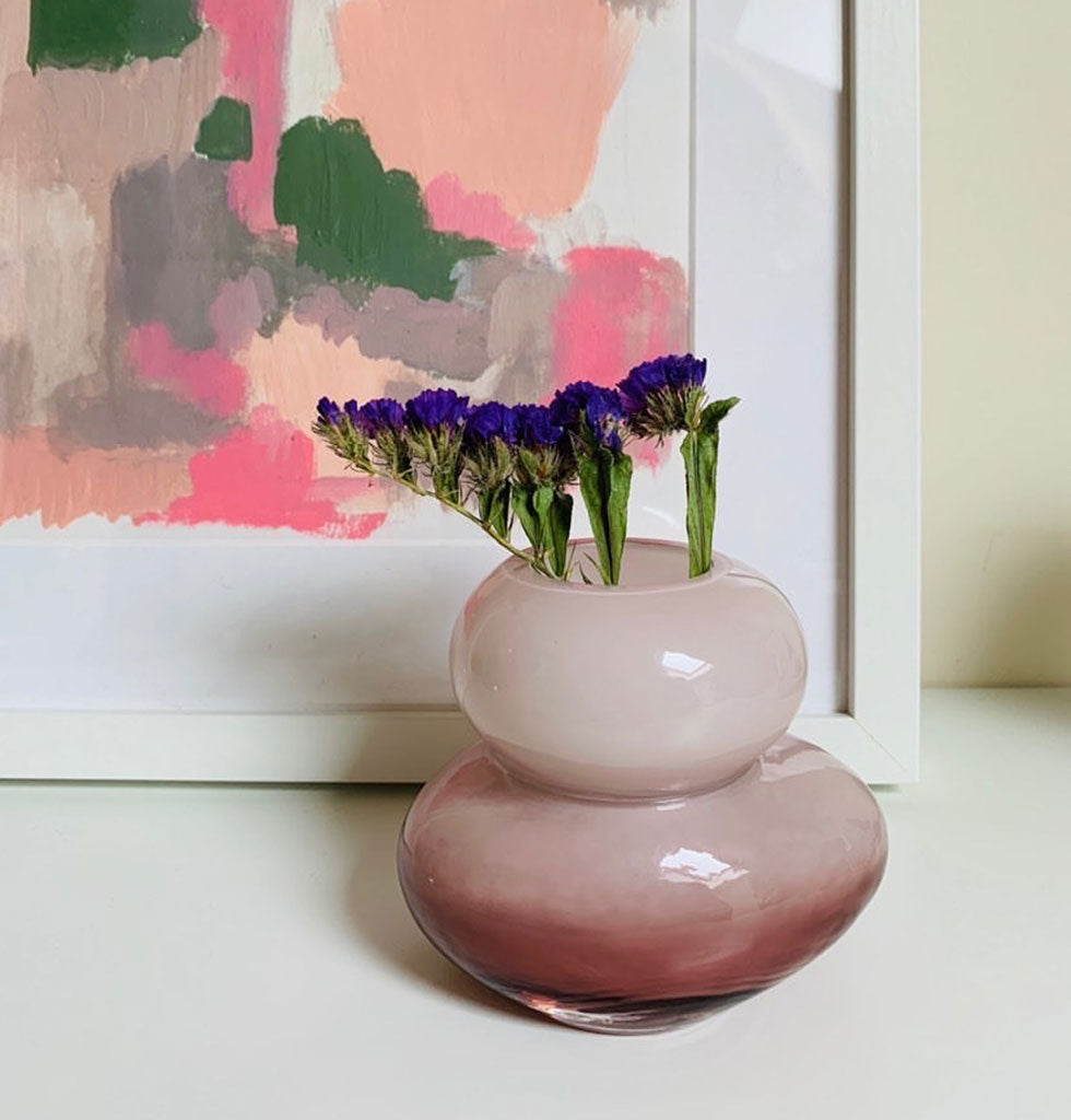 W.A.GREEN | MADAM STOLTZ | Small pink glass bud vase for tablescape setting. Display as a cluster. £20 wagreen.co.uk