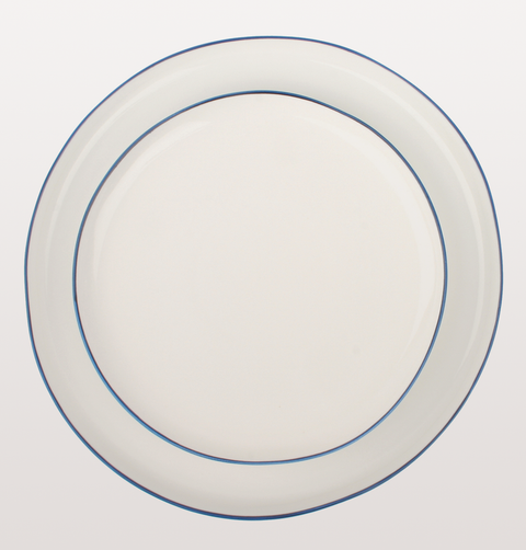 Abbesses dinner service by Canvas Home Blue line dinner plates
