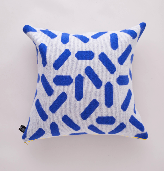 TIC-TAC CUSHION GREY & BLUE LARGE