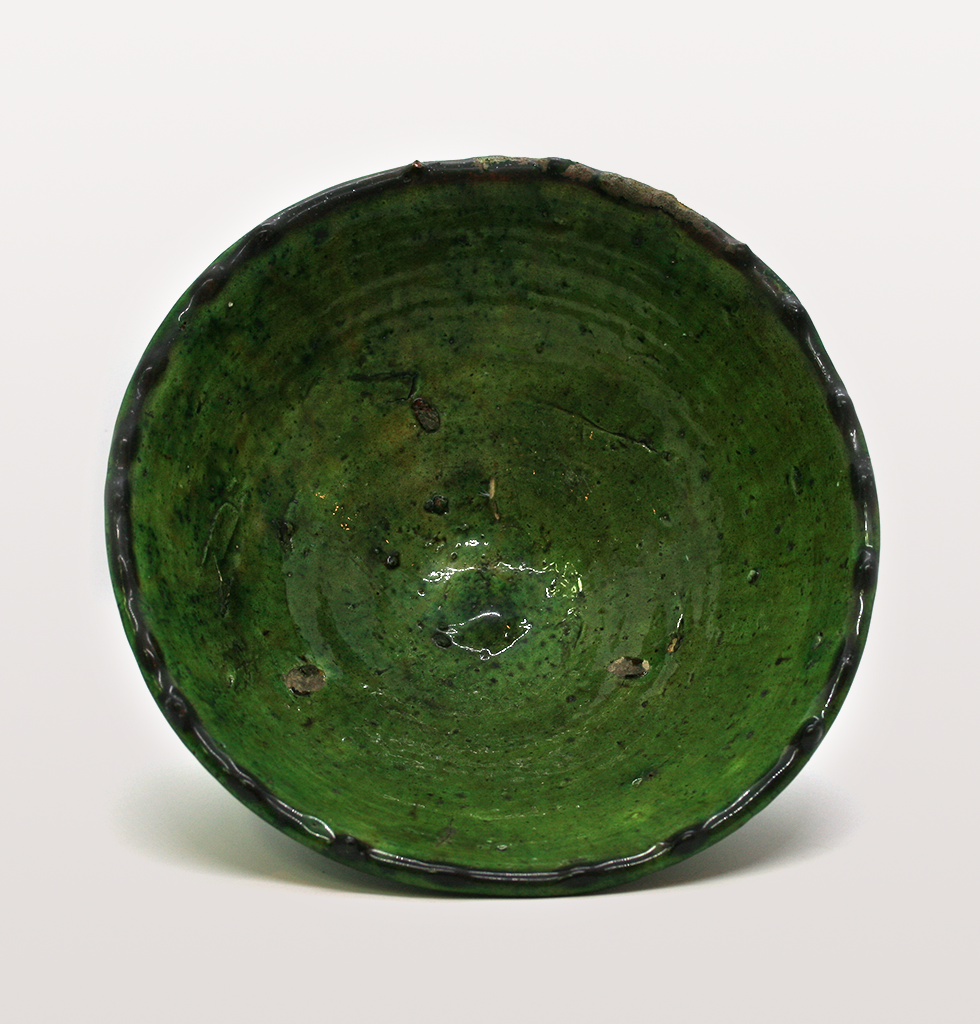Medium green Moroccan meze bowl top view. £13 wagreen.co.uk