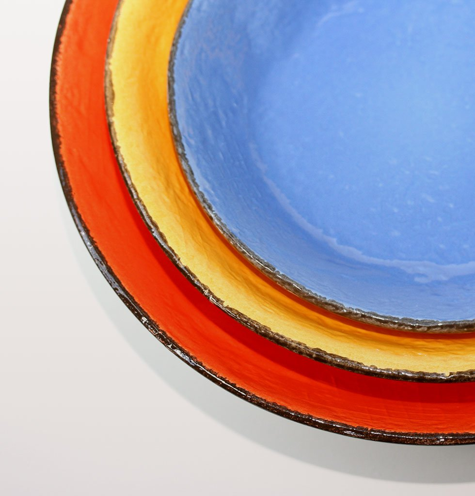 W.A.GREEN | RAINBOW BRIGHT MAJOLICA TABLEWARE SET | ROUND SERVING DISH. £20 wagreen.co.uk
