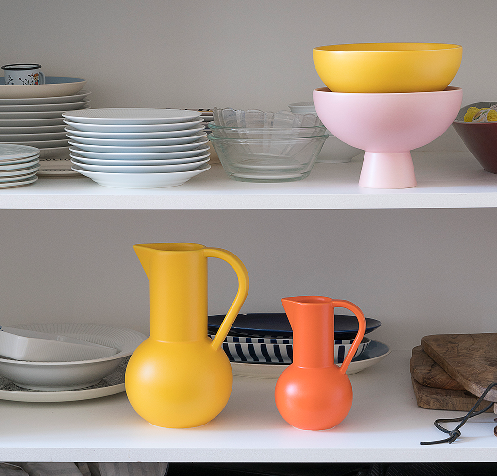Large yellow and pink raawii strom bowls. Large yellow and small orange raawii jugs. wagreen.co.uk