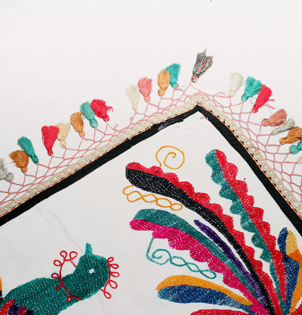 VINTAGE TABLE CLOTH | BIRDS & TASSELS