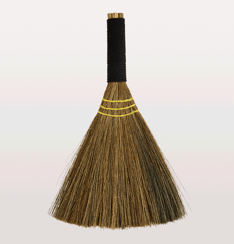 Natural straw broom with black handle by Madam Stoltz