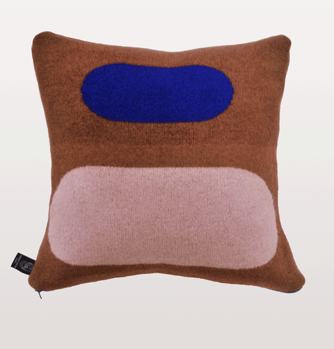 PANTON CUSHION No5