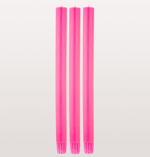 DINNER CANDLE FLUORESCENT PINK