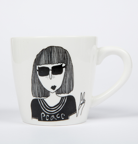 KELLY PEACE FINGERS MUG