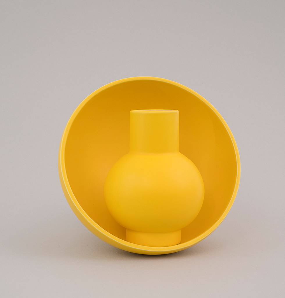 Yellow strom raawii vase and bowl. wagreen.co.uk