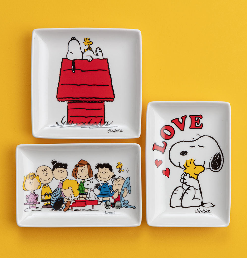 LOVE, Mornings and Gang Peanuts ceramic trinket trays by Magpie X Peanuts. wagreen.co.uk