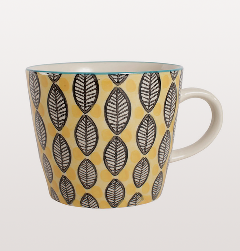 RETRO LEAF PATTERN TEA CUPS YELLOW