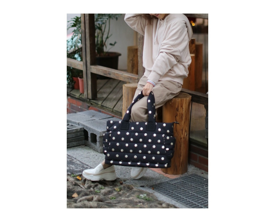 Airy Tote Baby Diaper Bag - Gold Polka Dot (L)