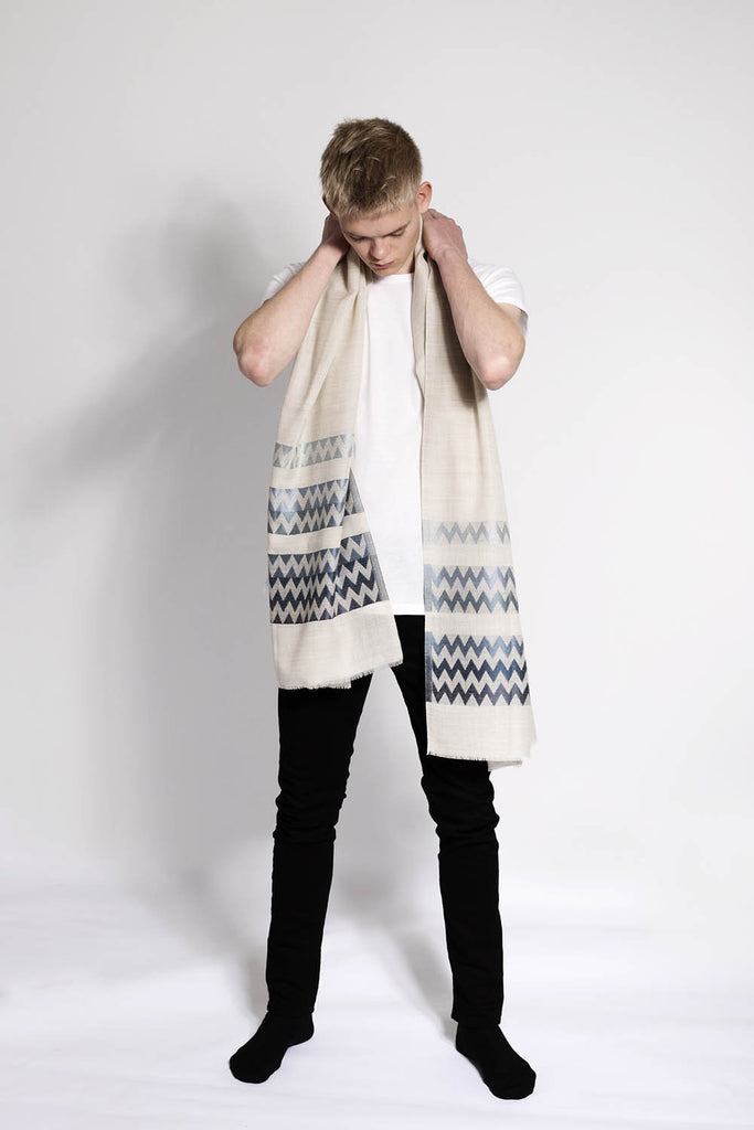 Light wool Scarf