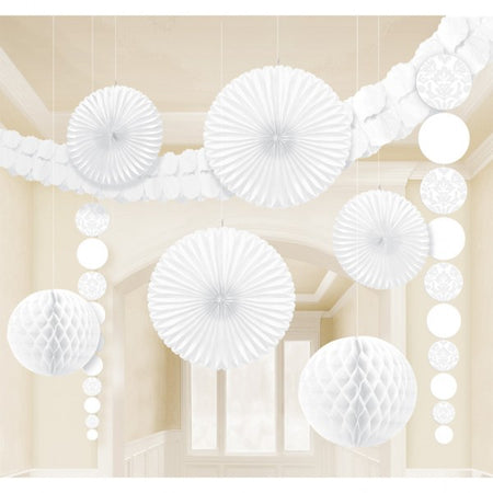 Decoration kit for party in white