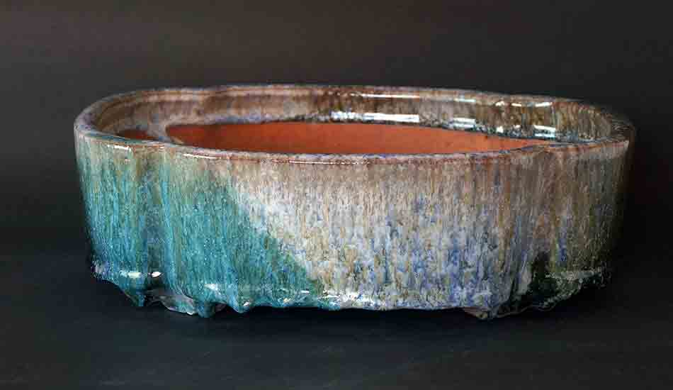 Green & White Lotus Shaped Bonsai Pot by Shuuhou