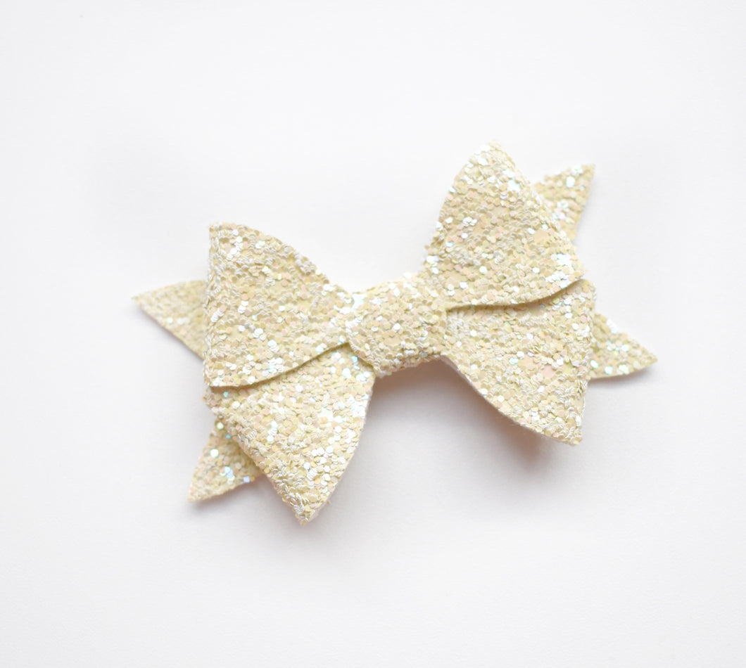 Cece- Yellow Glitter glitter bow, leatherette bow, fringe clip, butterfly bow, personalised bow, rainbow bow, dolly hair bow, floral bow, shimmer bow, pretty bow , Bow Handmade Hairbow, handmade hair accessories, Sweet Adalyn Sweet Adalyn