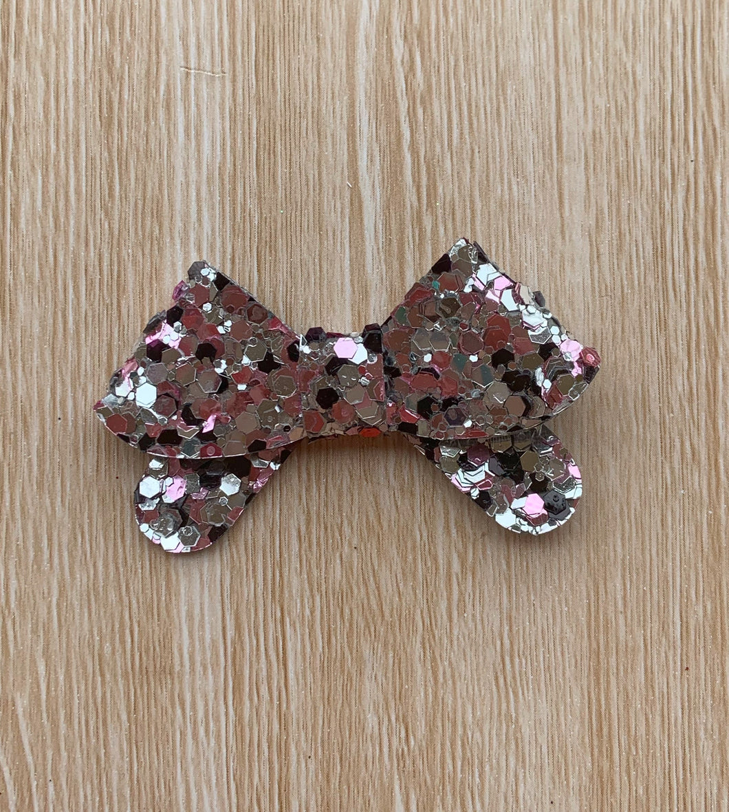 Bow27 glitter bow, leatherette bow, fringe clip, butterfly bow, personalised bow, rainbow bow, dolly hair bow, floral bow, shimmer bow, pretty bow , Bow Handmade Hairbow, handmade hair accessories, Sweet Adalyn Sweet Adalyn