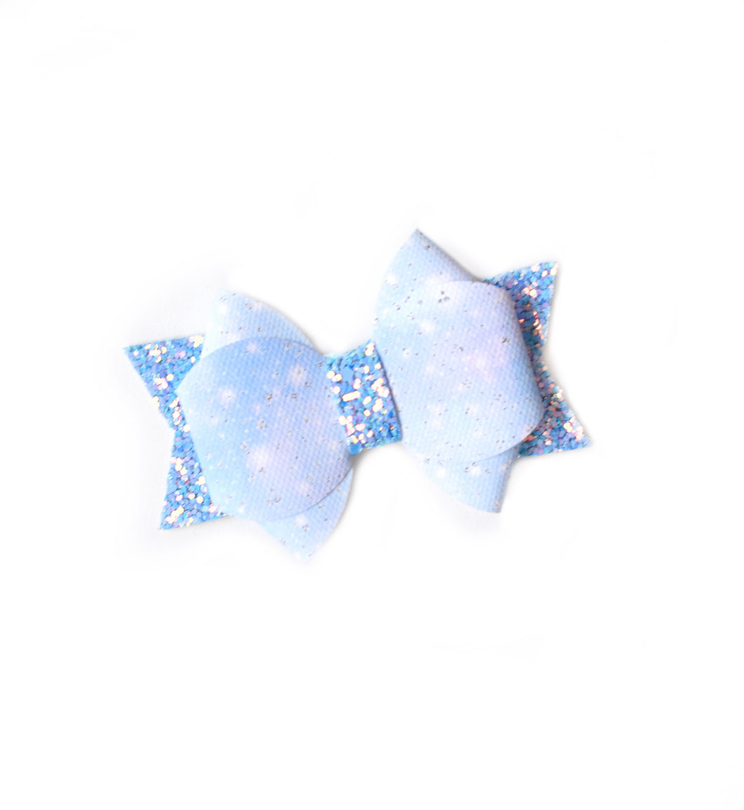 James- Blue Sparkle glitter bow, leatherette bow, fringe clip, butterfly bow, personalised bow, rainbow bow, dolly hair bow, floral bow, shimmer bow, pretty bow , Bow Handmade Hairbow, handmade hair accessories, Sweet Adalyn Sweet Adalyn