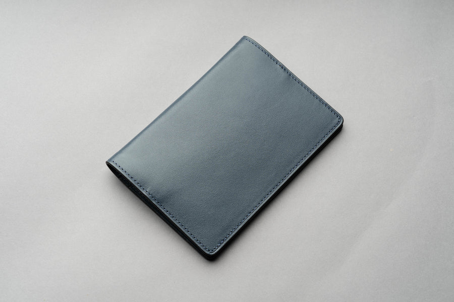 Passport Cover Veg Tan - Navy