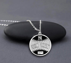 New York Yankees Round Baseball Sterling Silver Necklace