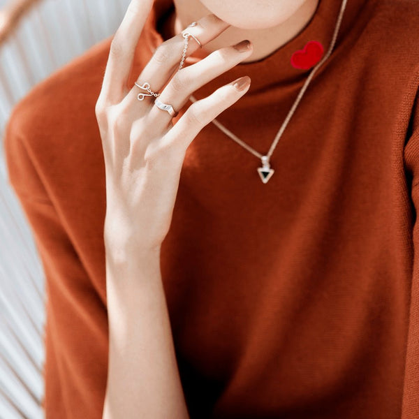 How To Pick Silver Jewelry To Match Your Casual Style