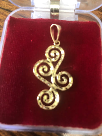 14k and 10 k gold Swirly-Curly Pendant.