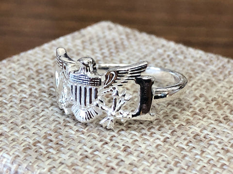 Sterling silver (925) VI flag ring.
