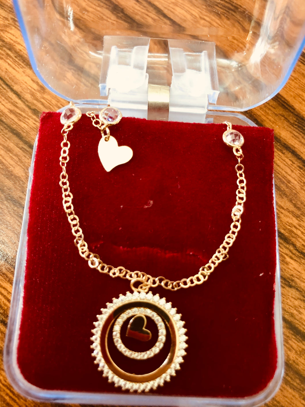 14k gold chain and heart pendant