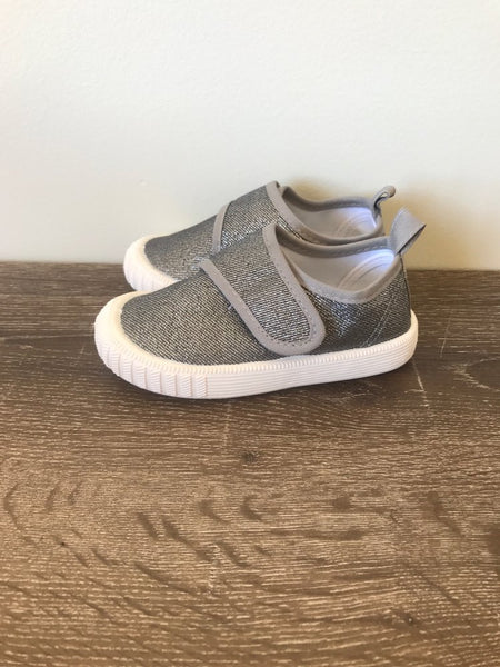Grey Canvas