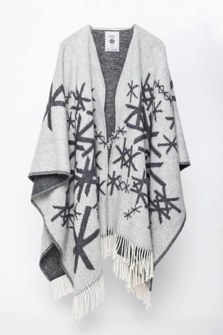 Strength Cape - Grey | Alrun Nordic Design