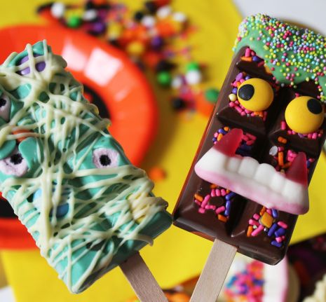 Monster Chocolate Lollies from The Happy Mail
