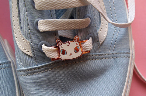 Enamel cat shoelace charms from I Like Cats