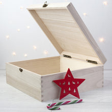 Personalised Christmas Eve Box With Snowflake Wreath: Large