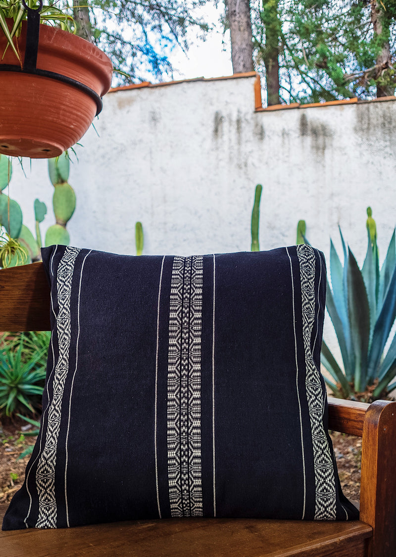 The Tepic cushion cover