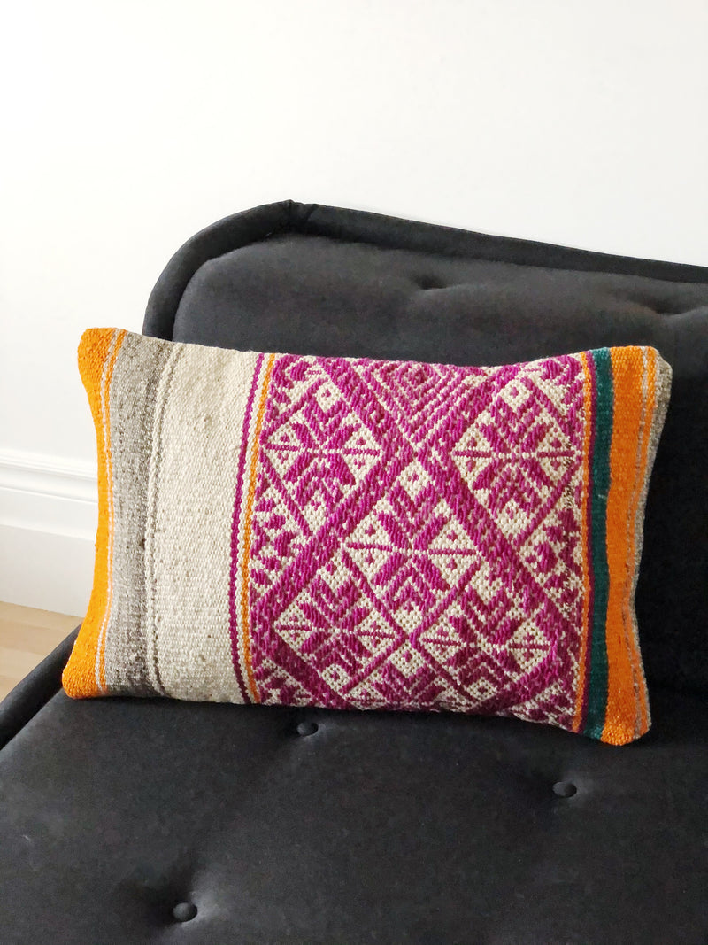 The Tarica cushion cover