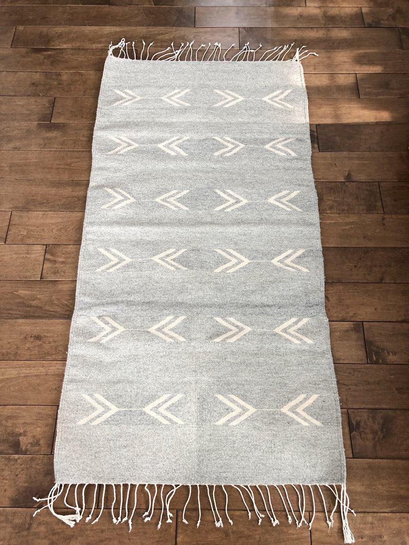Mexican rug in lambswool arrow