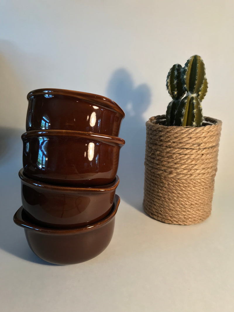 Duo of chocolate bowls