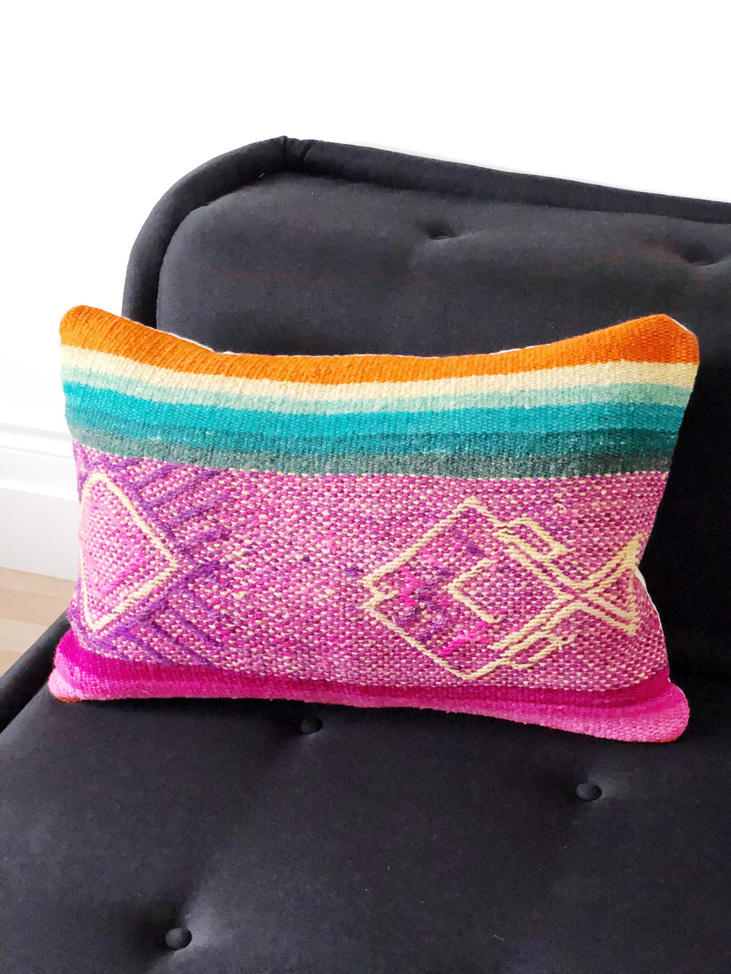 The Yanama cushion cover