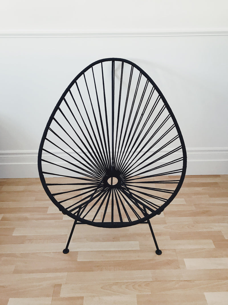 Classic Acapulco chair in black cotton and black base