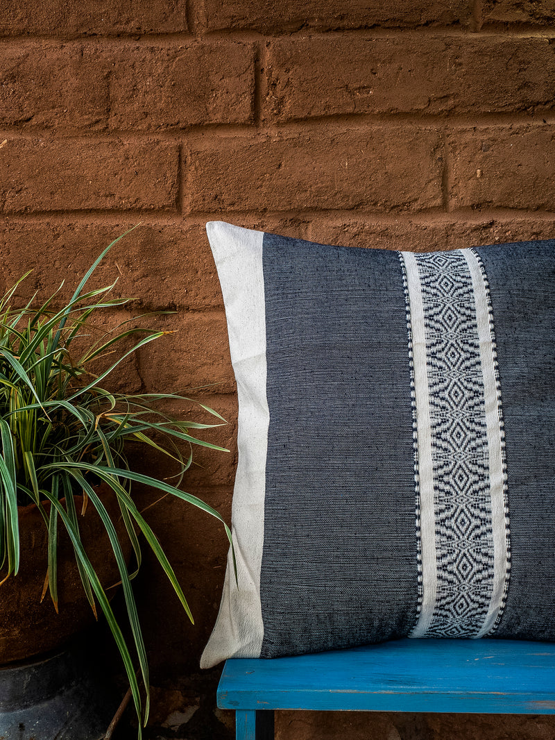 The Venado cushion cover