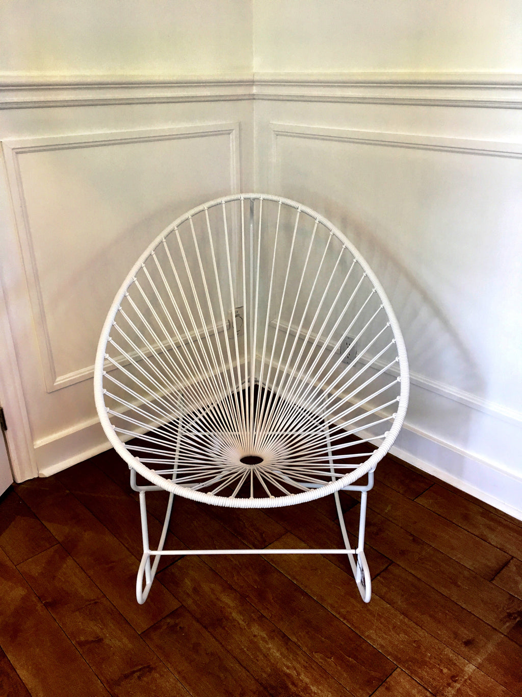 Acapulco white rocking chair
