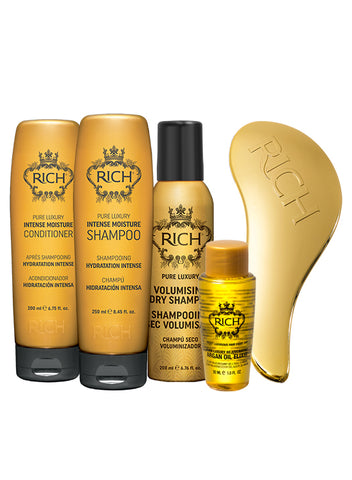 RICH TRAVEL IN LUXURY SET