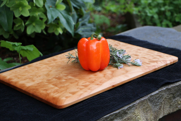 "Curly Western Hard Maple Cutting Board - 14"" x 11"" (Medium)"