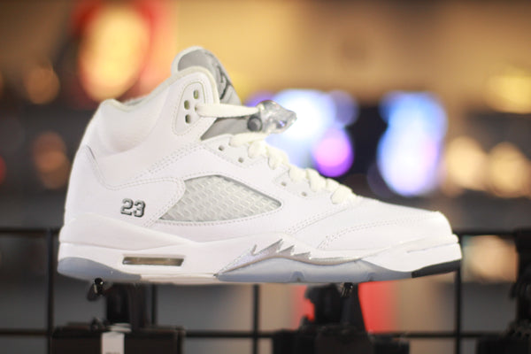 Jordan retro 5 GS White Metallic (size 5.5y)